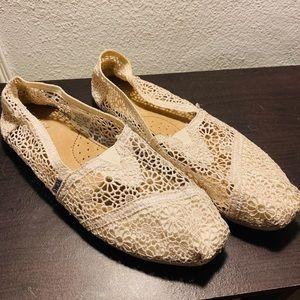 Lace Cream Toms